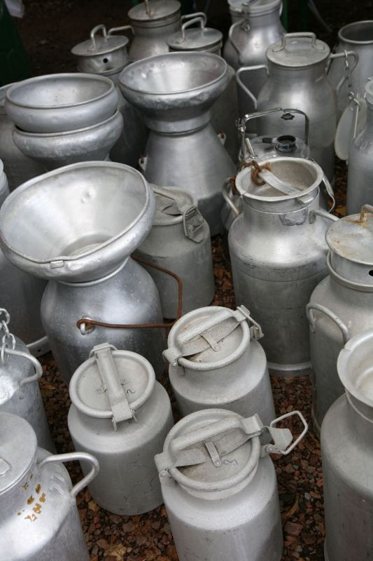 Braderie de Lille - flea market - Milk pots