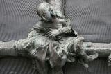 detail-notre-dame-de-la-treille-patricia-stoughton