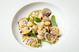 001-fr-edouard-chouteau-restaurant-la-laiterie-marco-strullu-0720-1356-10217