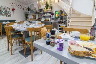 Salle petit déjeuner 1