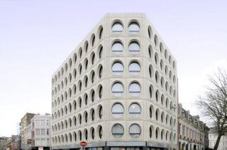 01-facade-1-3532