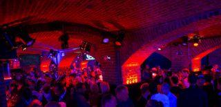 duke-s-club-interieur-6257