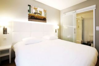 hotel-calm-8409-2-6422