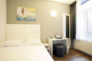 hotel-calm-8536-2-6425