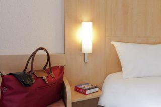 lille, hotel lille, hotels lille, ibis lille, hotel ibis lille, ibis lille centre gares, booking lille, réserver lille, réserver hotels lille