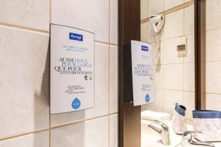 kyriad-lille-salle-de-bain-8820