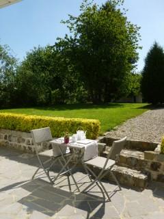 la-longere-petit-dejeuner-sur-la-terrasse-10091