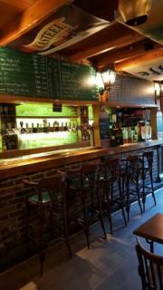 pub-mac-ewans4-7659