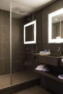 salle-de-bain-avec-douche-6310