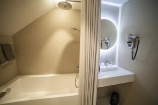 salle-de-bains-prestige-familiale-modif-9164