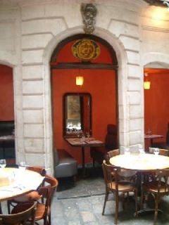 lille, restaurants lille, lille restaurants, la petite cour
