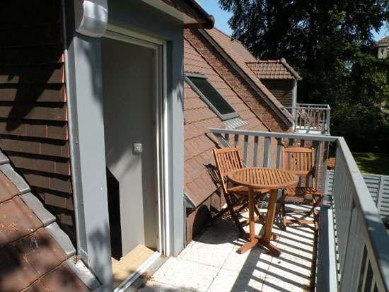 location saisonni re meubl sainghin en melantois g tes la verdi re. Black Bedroom Furniture Sets. Home Design Ideas