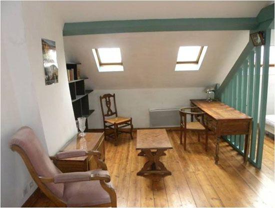location saisonni re meubl lille le colombier. Black Bedroom Furniture Sets. Home Design Ideas
