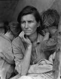 Ramasseurs de pois indigents en Californie. Une mère de sept enfants, âgée de 32 ans, Nipomo, en Californie.