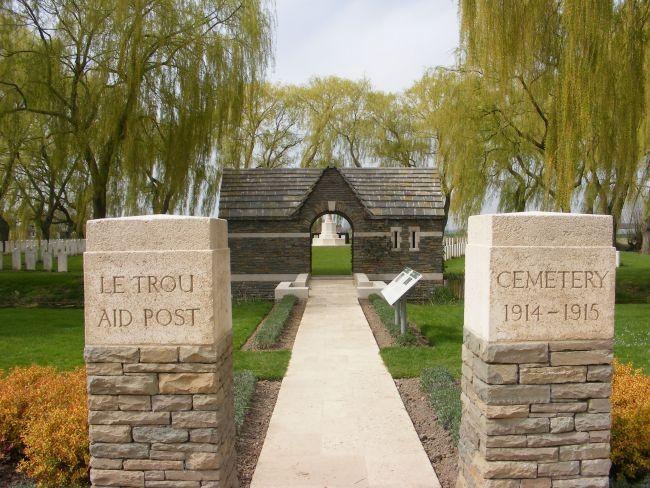les mémoriaux et cimetières de Fromelles