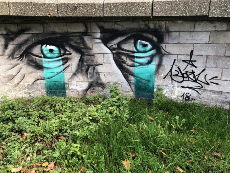 street-art-pont-de-la-citadelle-Iksté